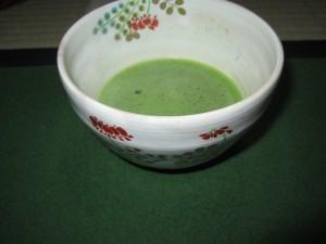 4月茶碗蓮華